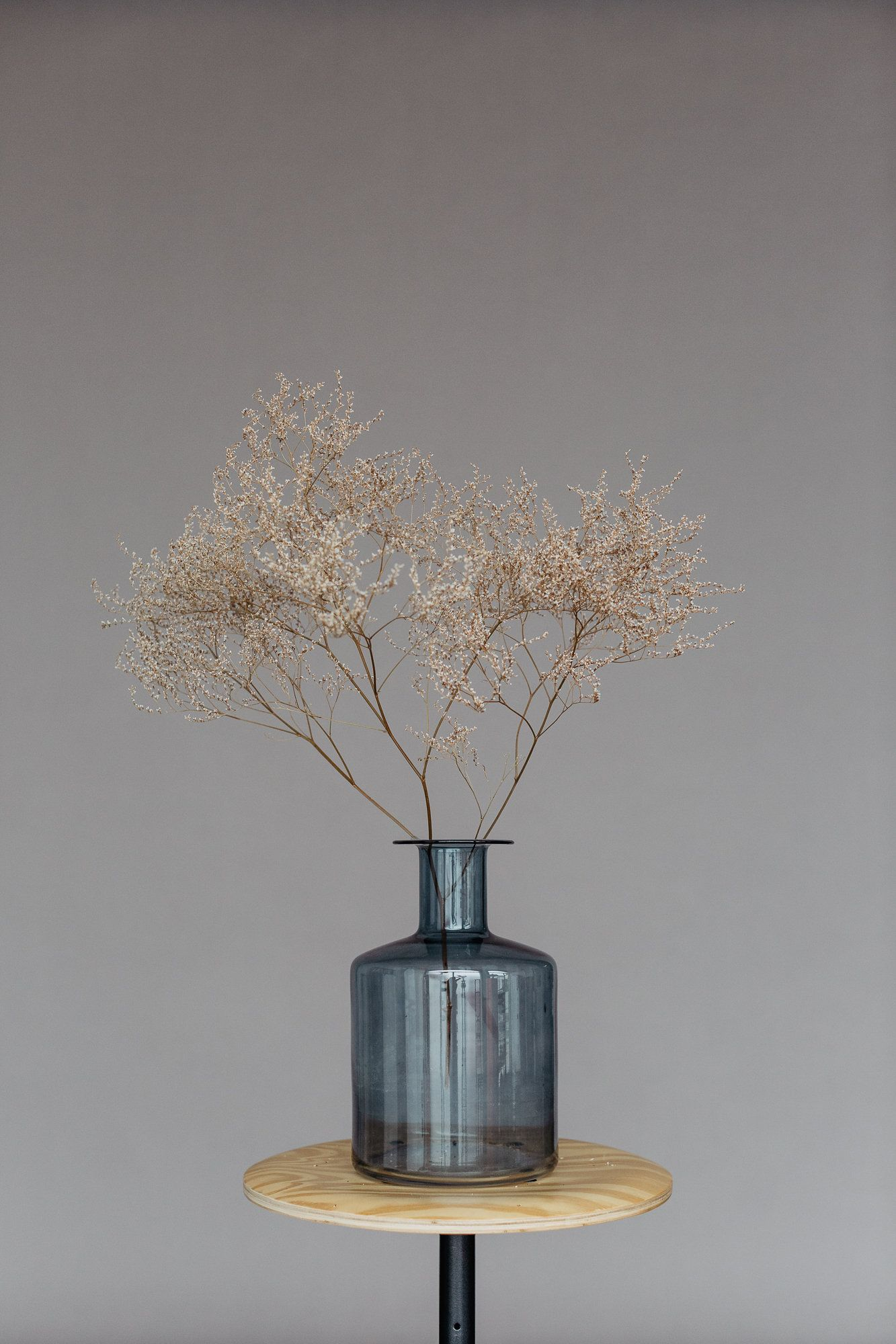 Dried Veiled Floral Decoration For Interior Design Christmas Decoration Floral Decor Inspiration Christmas Interior Decor Decor