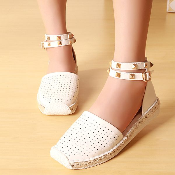 Sale 10% (29.75$) - US Size 5-12 Women Hollow Out Breathable Rivet Stappy Buckle Knitting Flat Roman Sandals