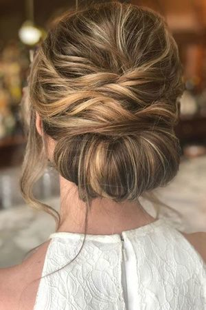 Chignon decoiffé mariage I 30 idées coiffure chignon mariage