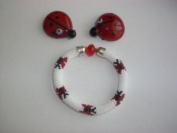 Beaded bracelet Beaded Crochet Bracelet by NAZLI70 on Etsy, $16.00