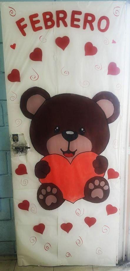 Puerta decorada del mes de febrero puertas decoradas for Puertas escolares decoradas