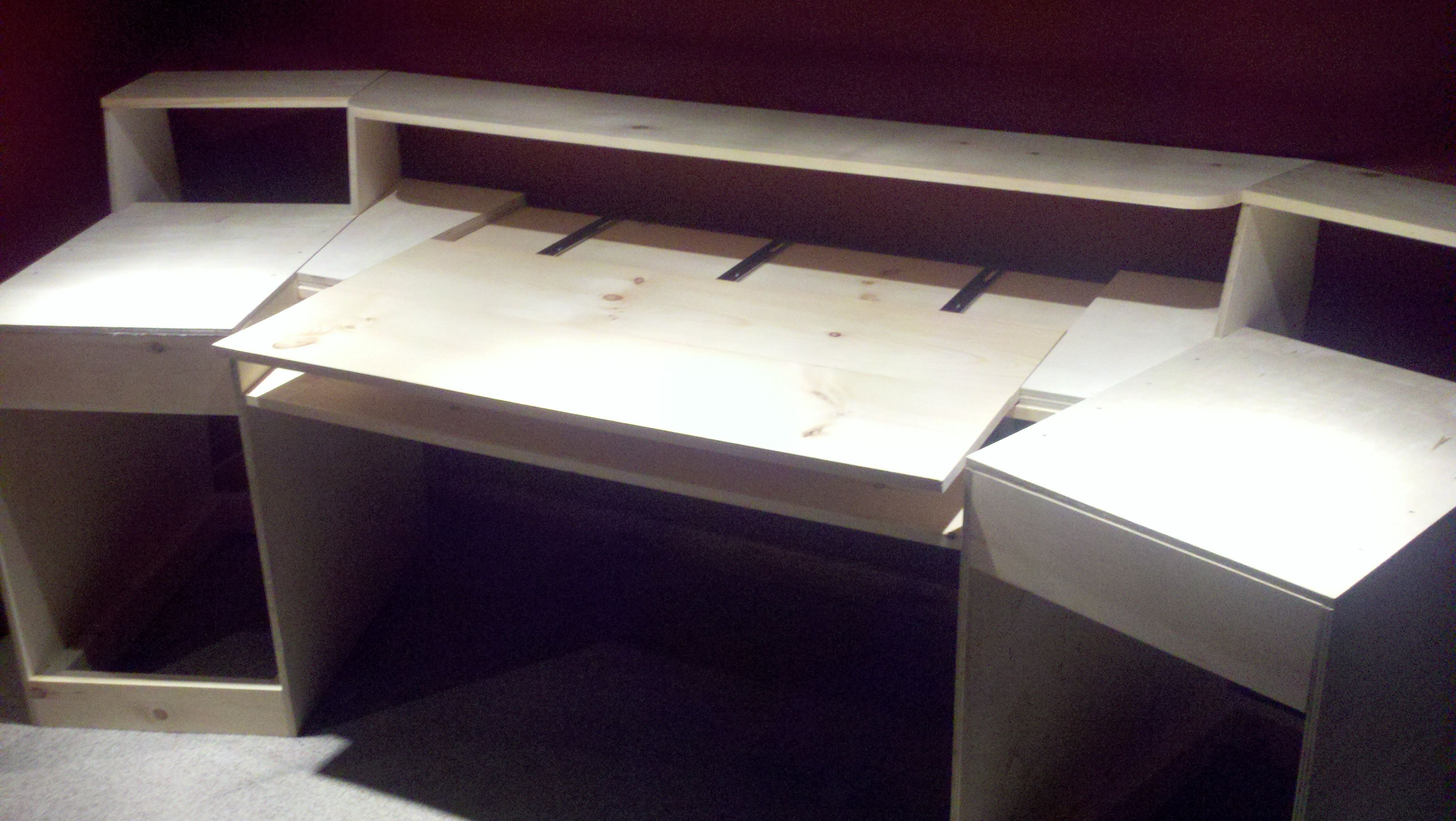 Woodworking plans Home Studio Desk Plans free download Home studio