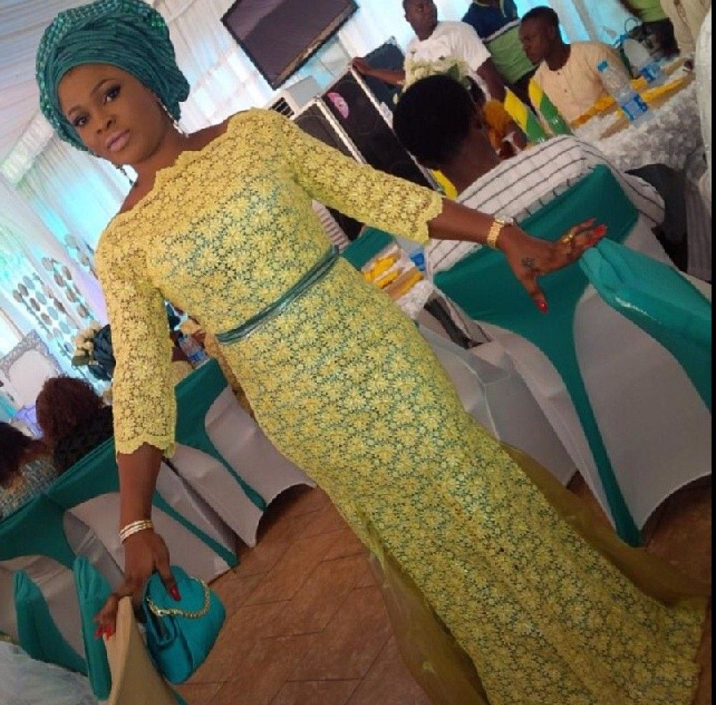 WDN's Extravagant, Delightful & Classy Aso-Ebi Collection - Wedding Digest NaijaWedding Digest Naija