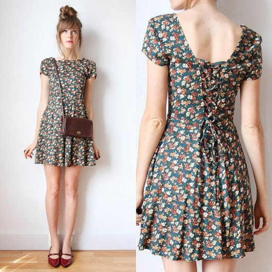 Adorable floral w/lace-up detail This could almost be a 90s grunge type dress <3 <3