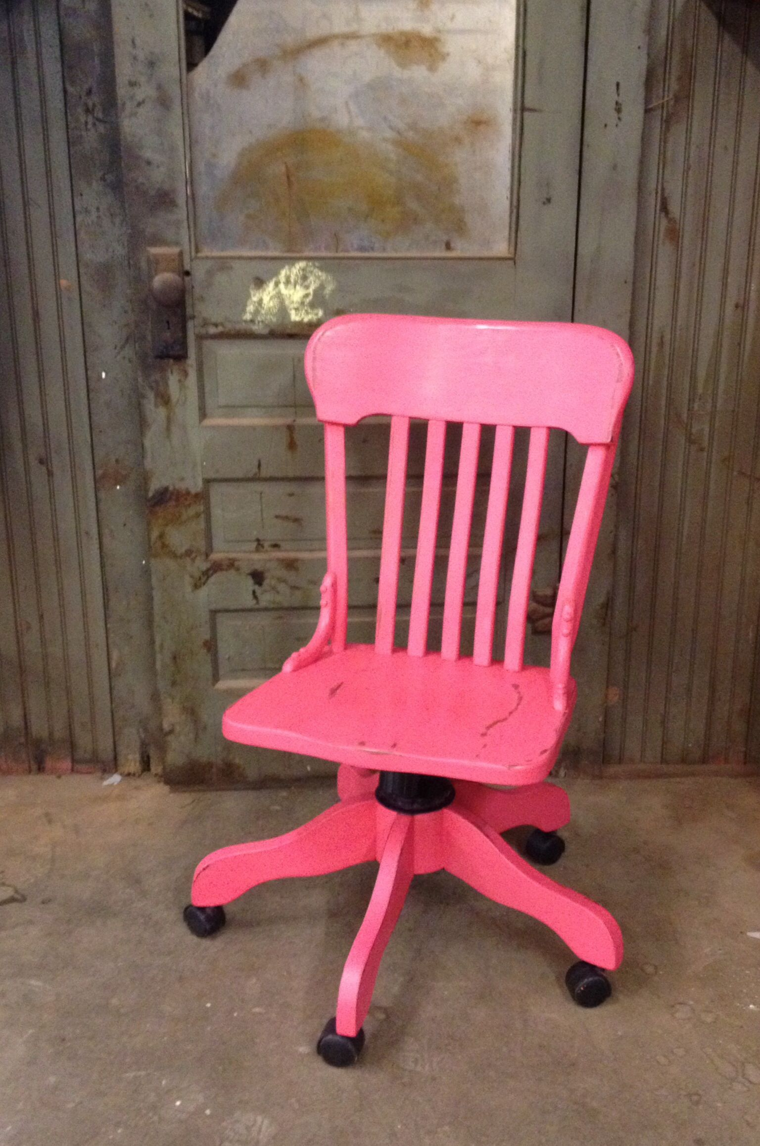Marvelous Hot Pink Wood Office Chair Done In Apc Mommas Lipstick Gamerscity Chair Design For Home Gamerscityorg