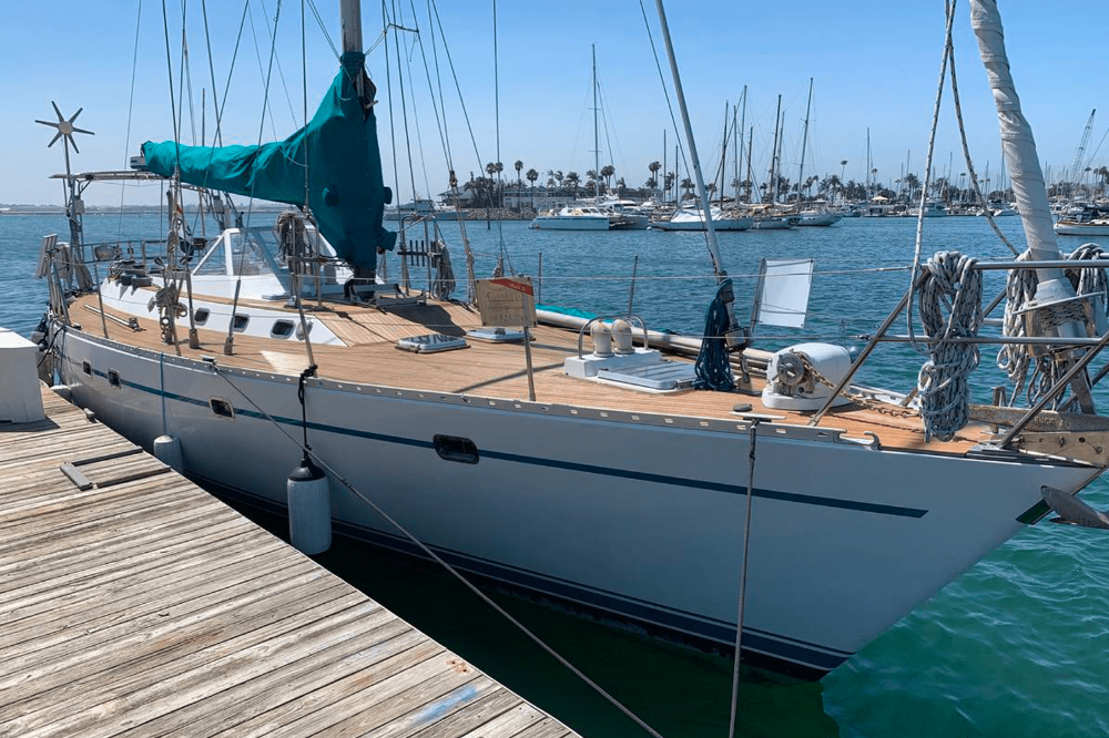 This 1985 Tayana 55 Has Us All Hot And Bothered We Found It Just Listed On Craigslist In San Diego And By All Appearances This Solar Charging San Diego Diego