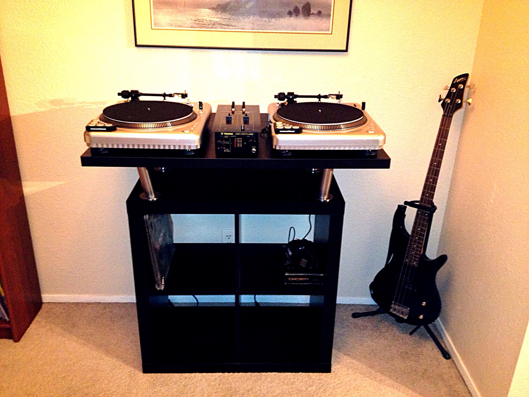 Another happy customer :) His DJ setup works perfectly on my standing desk,  built