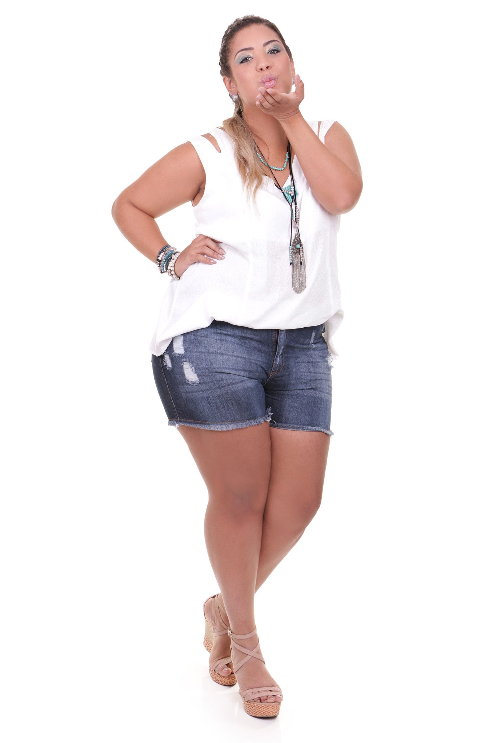 0126461ef Shorts jeans plus size Mais