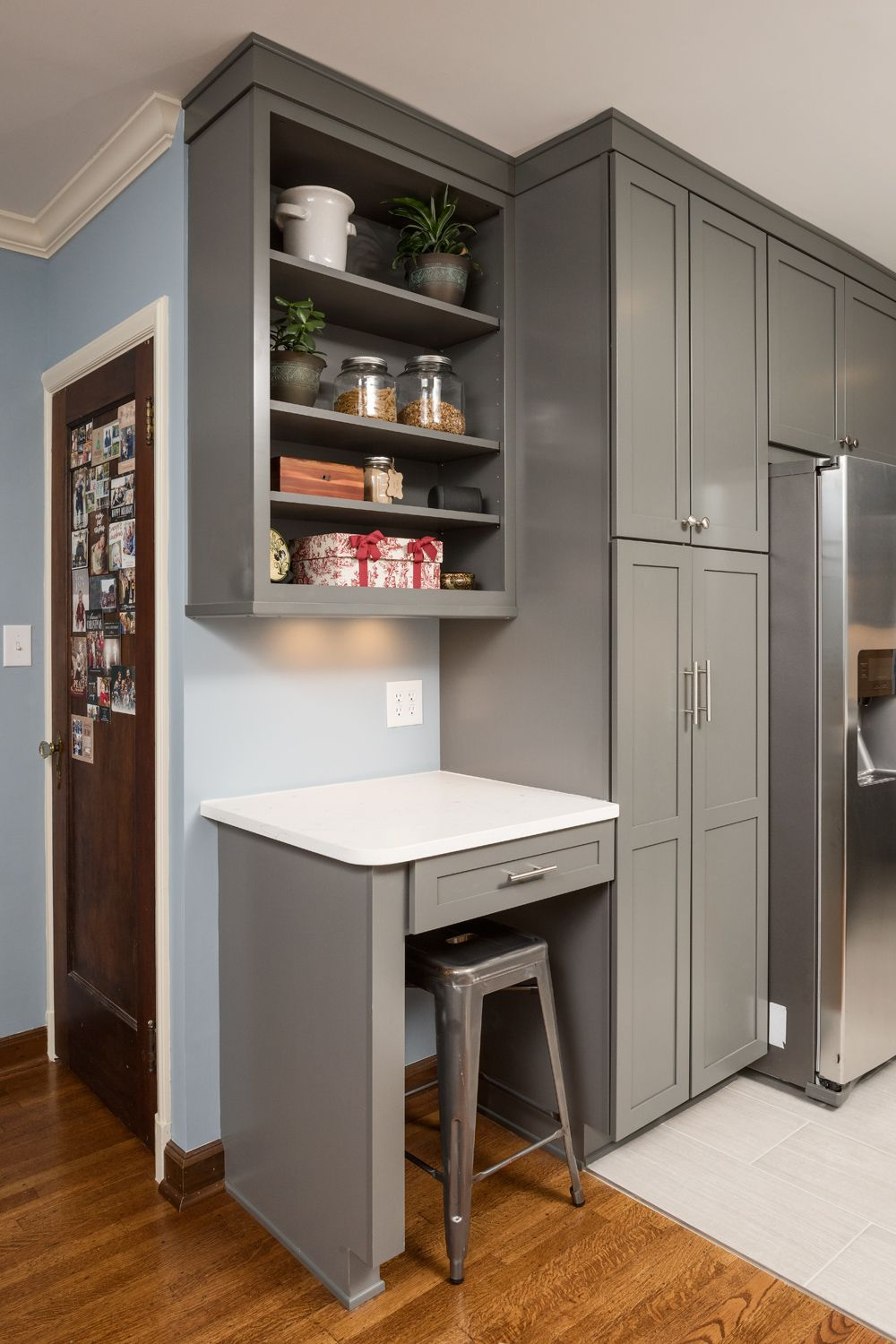 Meridian Kessler (Indianapolis) Kitchen Remodel (December 2015): Kitchen  Desk Area, Bar Stool Seating, Quartz Countertops, Gray Cabinetry, Stainless  Steel ...