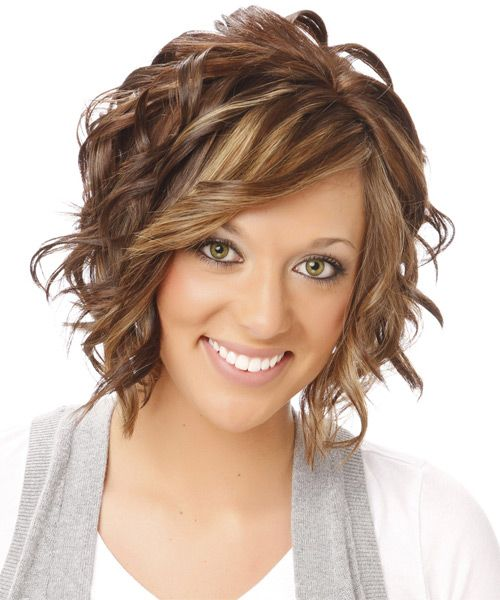 Medium Wavy Brunette Hairstyle With Side Swept Bangs And