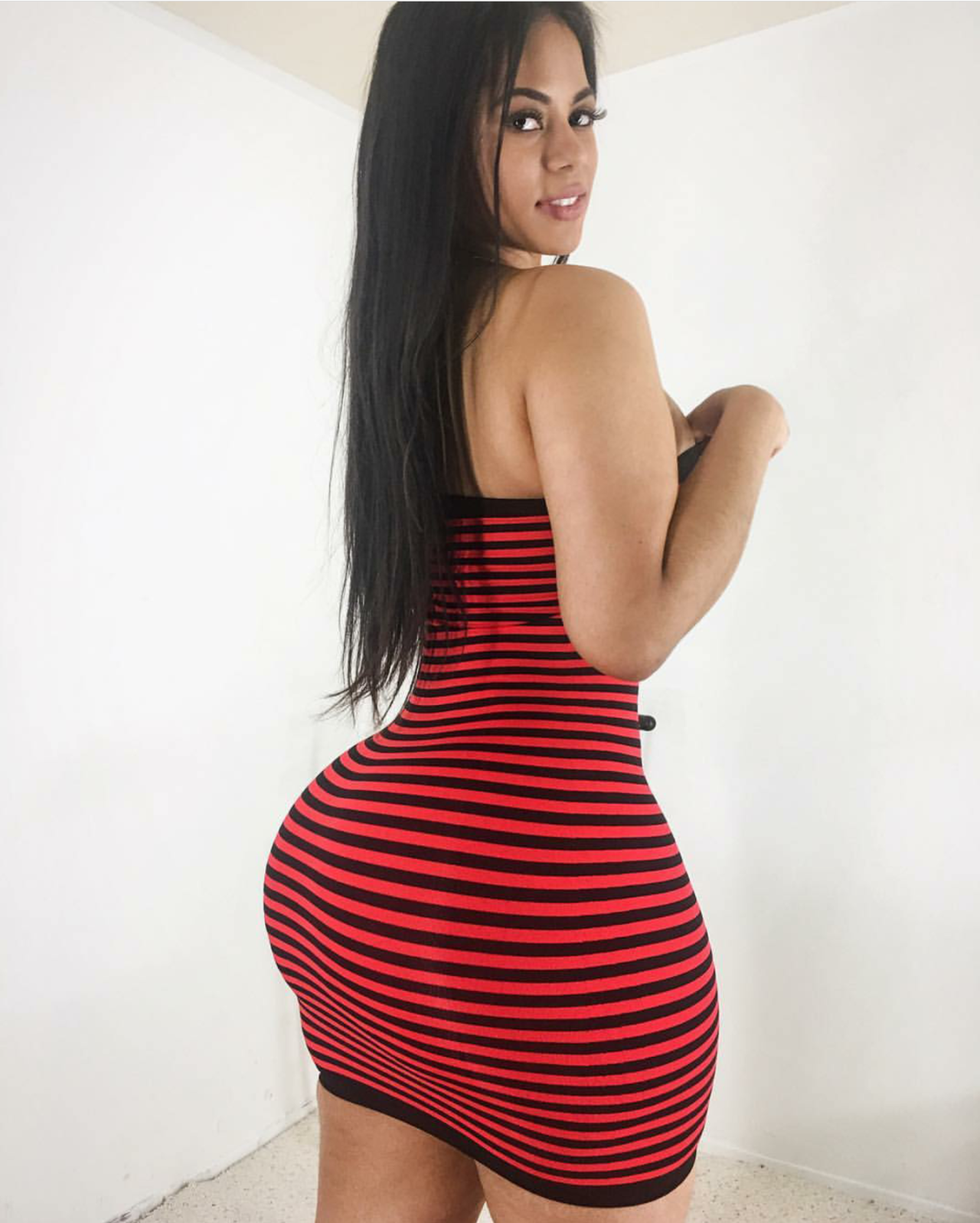 big ass pics, big black ass, big booty latinas, women & girls — hold