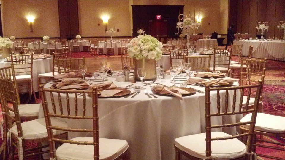Gold And White Table Setting Decor Gold Chivari Chairs