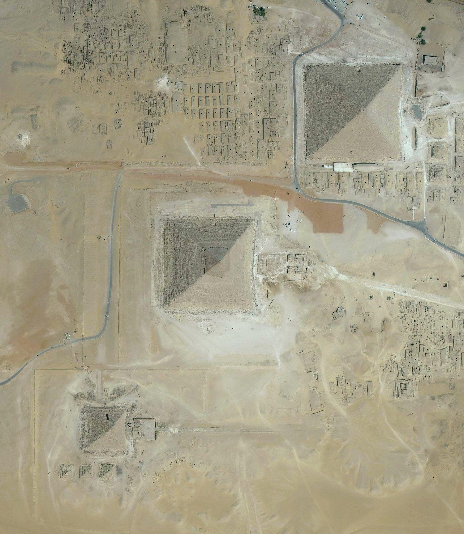 3/10/2017 Great Pyramids of Giza Giza, Egypt 29.979234, 31