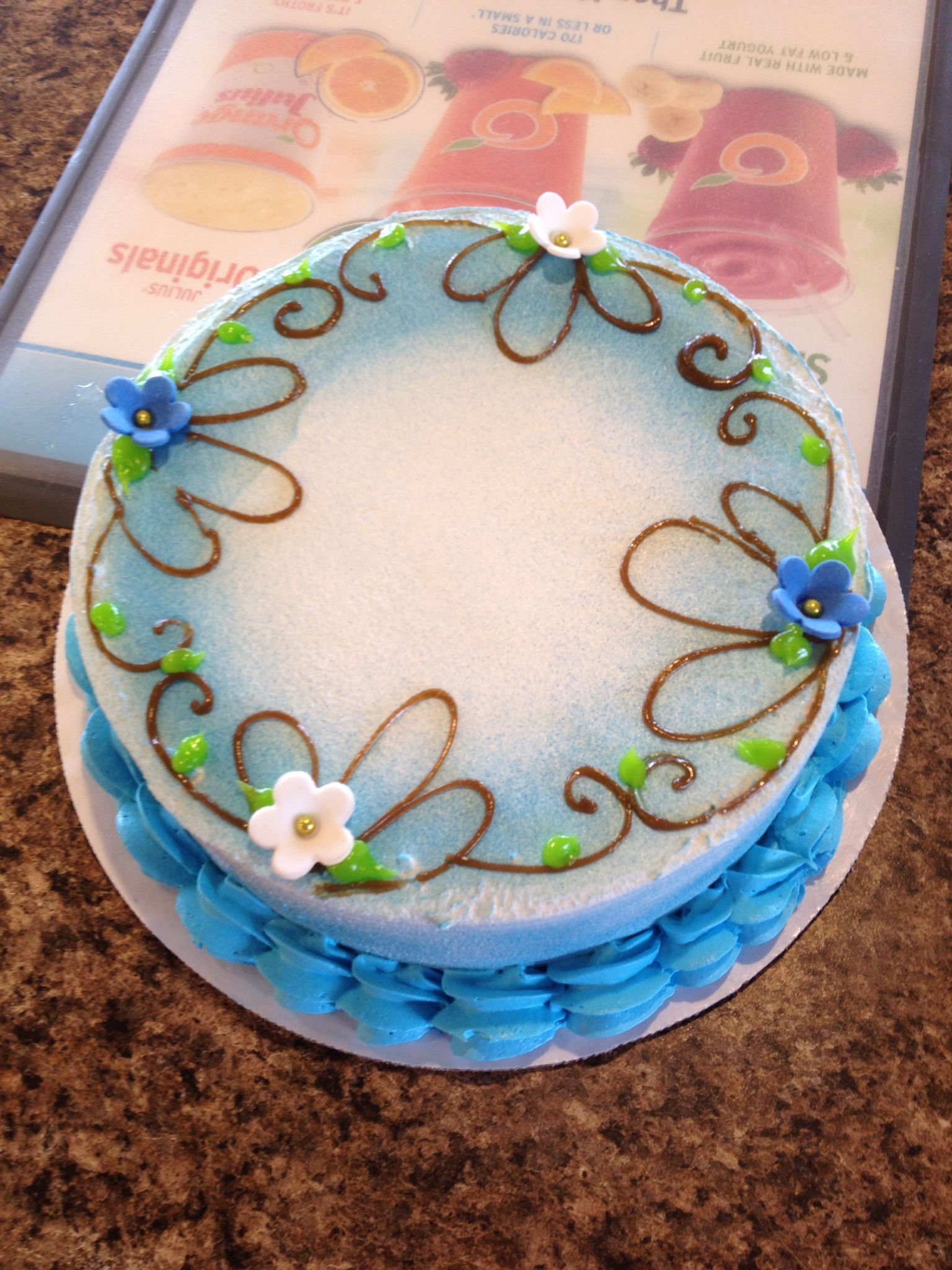 Dq Cakes Dairy Queen Airbrush Cake Dairy Queen Cake Cake