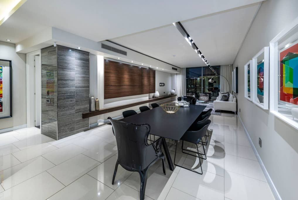 Prestigious 2 Bedroom Apartment In Embassy Towers Serviced Apartments For Rent In Sandton Contemporary Apartment 2 Bedroom Apartment Bedroom Apartment