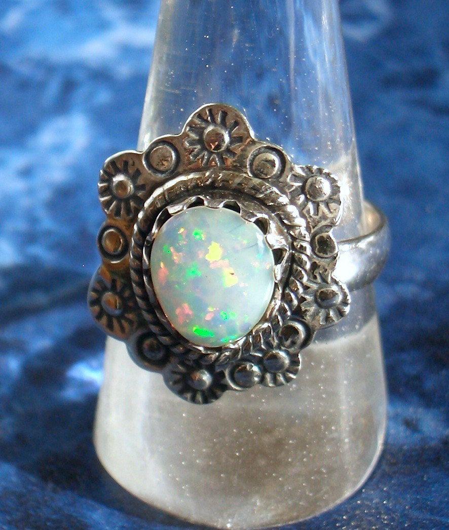 Sz 8, Genuine Green, Pink ETHIOPIAN WELO OPAL Gemstone, 925 Solid Sterling…
