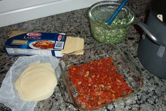 A recipe revamp proves that even lasagna can be made to fit into a healthy lifestyle. This healthy lasagna recipe is good!