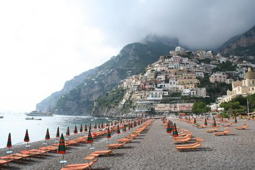 i can't even believe a place like this exists. positano is unforgettable.