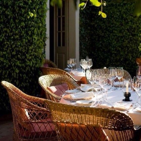 I'm ready for a little dining al fresco...wanna come?