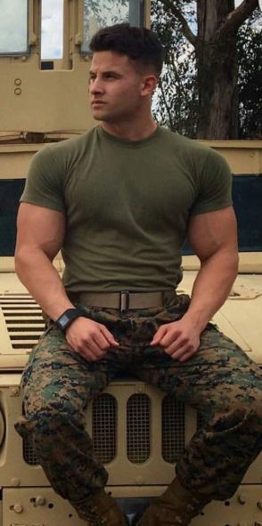 gay army men