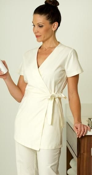 I 39 d love a tunic like this to wear over plain black tees for Spa uniform tops
