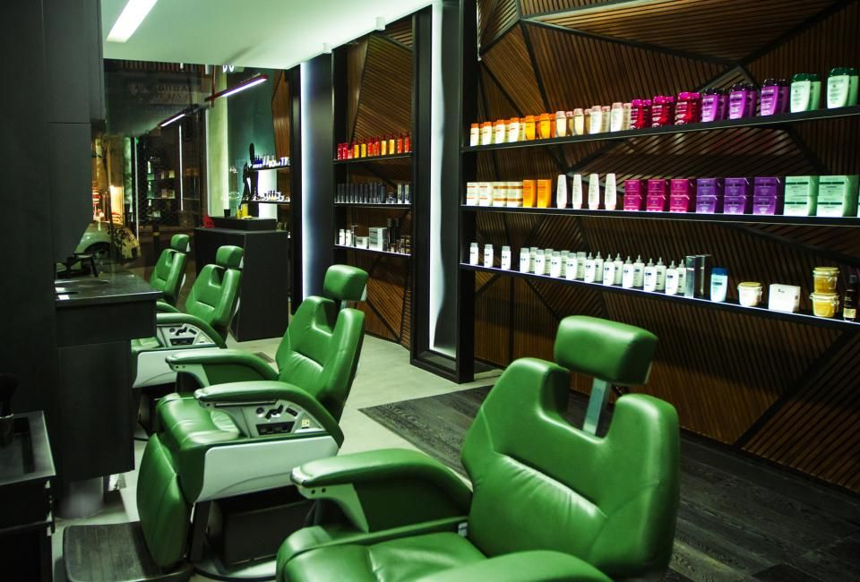 Don Barber And Groom In Athens Greece By Nikos Gylos Barbershop