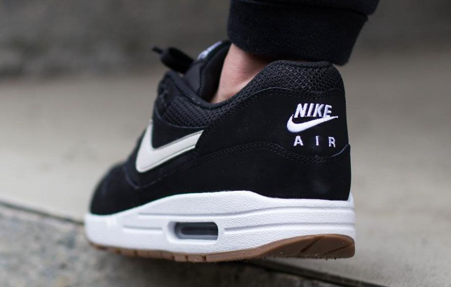 online store 8ccd1 bf5d0 Nike Air Max 1 Essential Black White Gum   Sole Collector