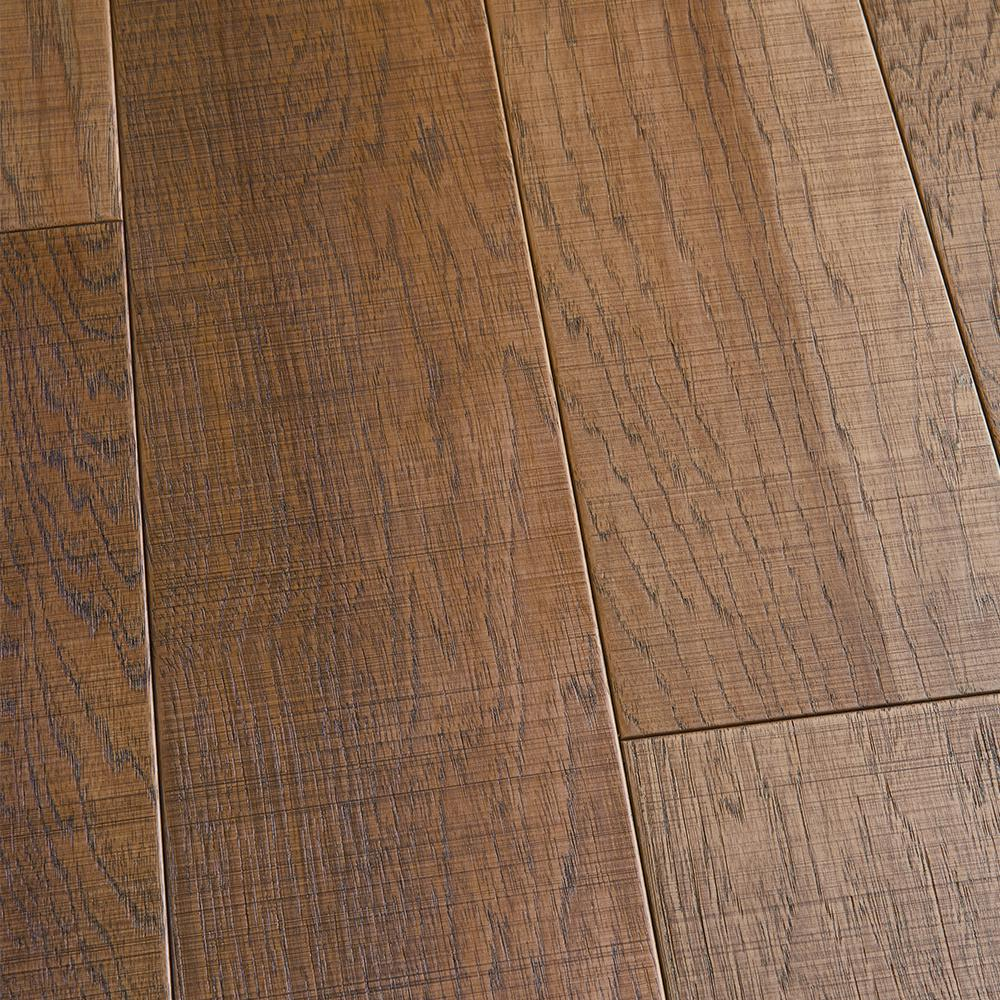 Malibu Wide Plank Hickory Capistrano 1 2 In Thick X 6 1 2 In Wide X Varying Length Engineered Hardwood Flooring 20 35 Sq Ft Case Hdmmtg800ef The Home De Engineered Hardwood Flooring Wide Plank Hickory Engineered Hardwood
