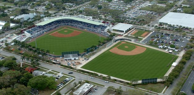 Fort Myers Florida Major League Baseball Former Boston Red Sox Left Fielder Mike Greenwell Is Spring Training Baseball Baseball Park Places In Florida