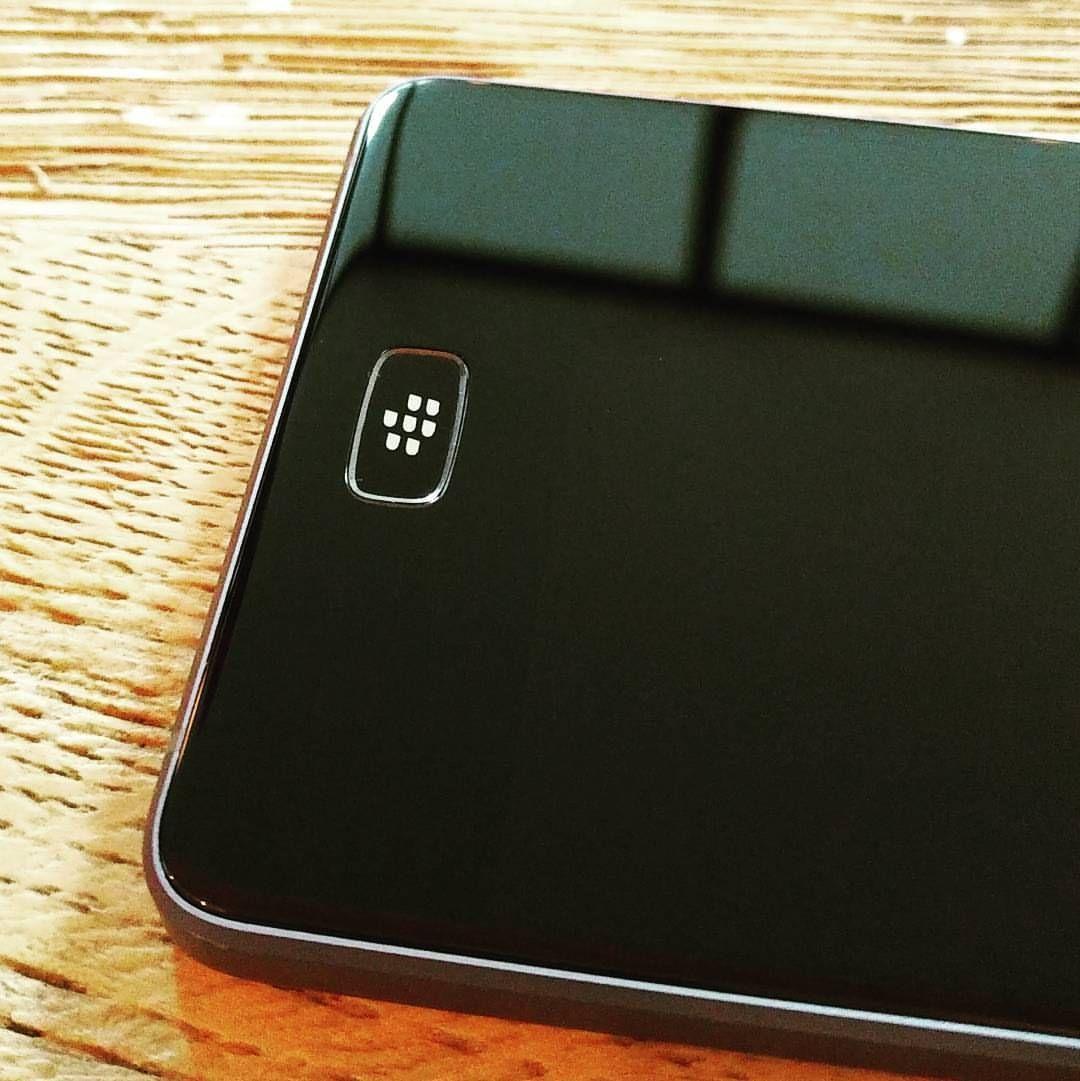 inst10 ReGram rom1guillerm BlackBerry Motion !