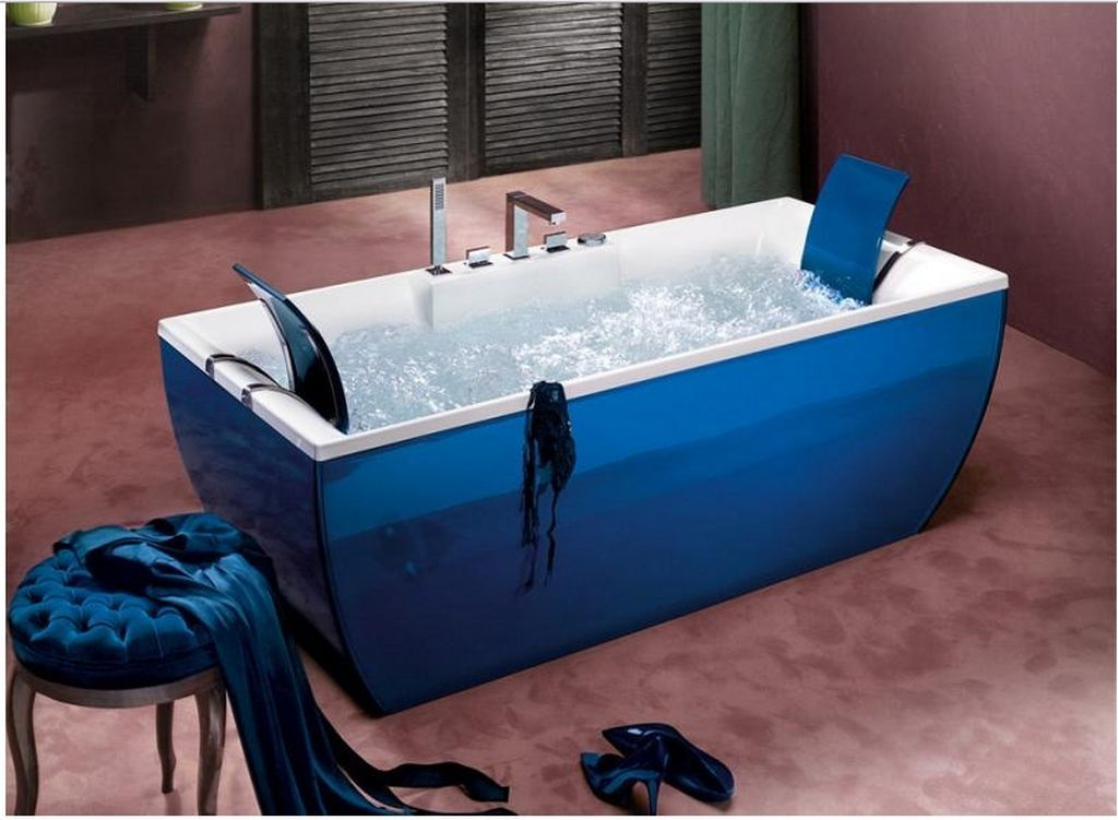 http://www.bebarang.com/colored-bathtubs-make-your-bathroom-more ...