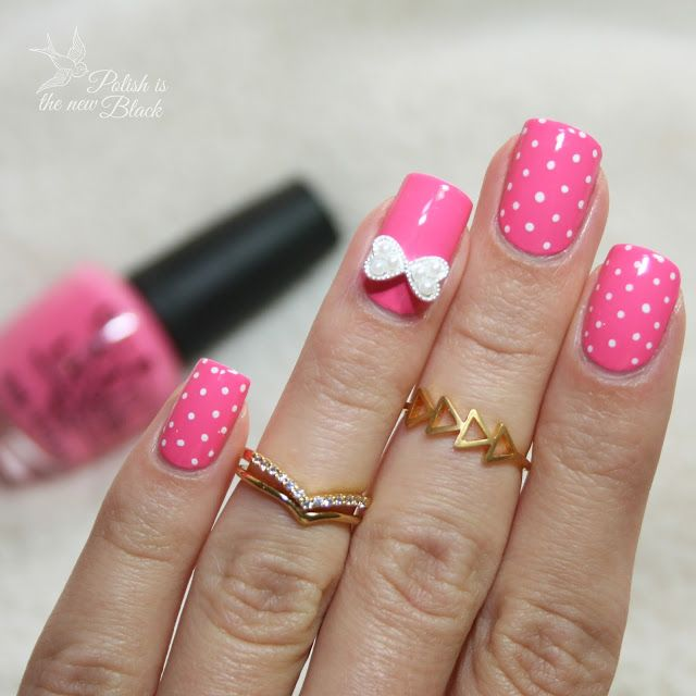 Very beautiful nails! Do you agree with me? Enjoy the review here>> http://www.polishisthenewblack.com/2015/07/on-wednesdays-we-wear-pink.html