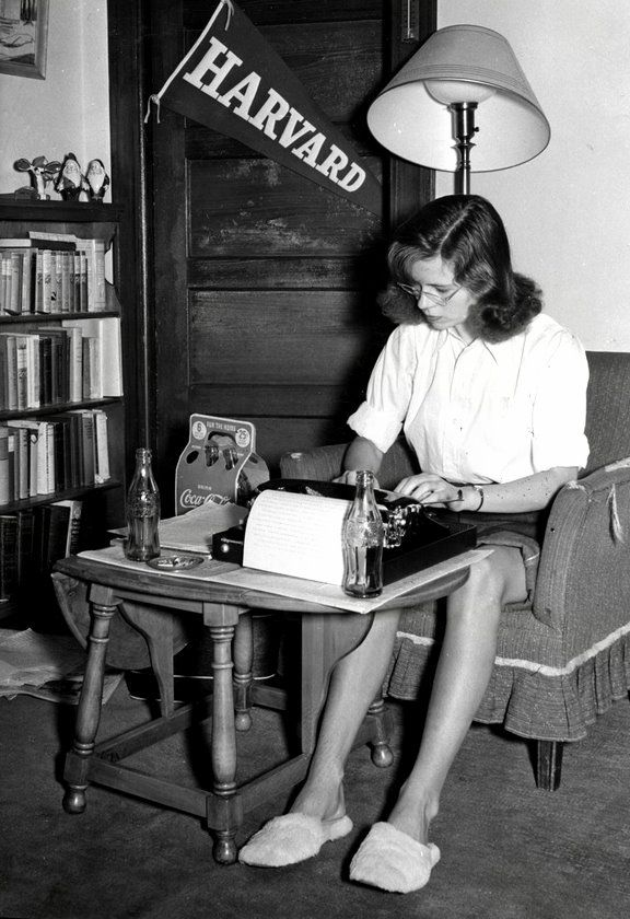 A student studies in her dorm room, 1950s. https://www.facebook.com/VintagePennyLane