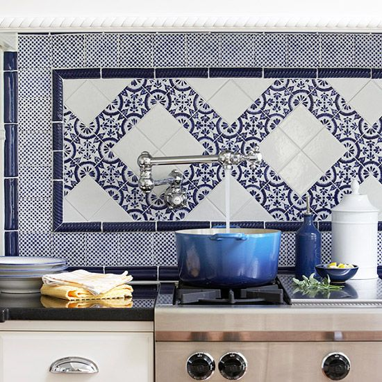 Blue-and-white Backsplash Tiles Are Timeless And Classic