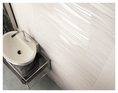 Dettagli unici e preziosi quelli del rivestimento bagno effetto marmo re si de di ceramiche - Rivestimento bagno effetto marmo ...