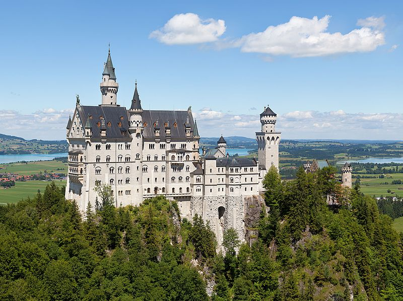 Neuschwanstein Castle German Schloss Neuschwanstein Pronounced ˈʃlɔs Nɔʏˈʃvaːnʃtaɪn Southern B In 2020 Neuschwanstein Castle Inside Castles Adventure Of The Seas