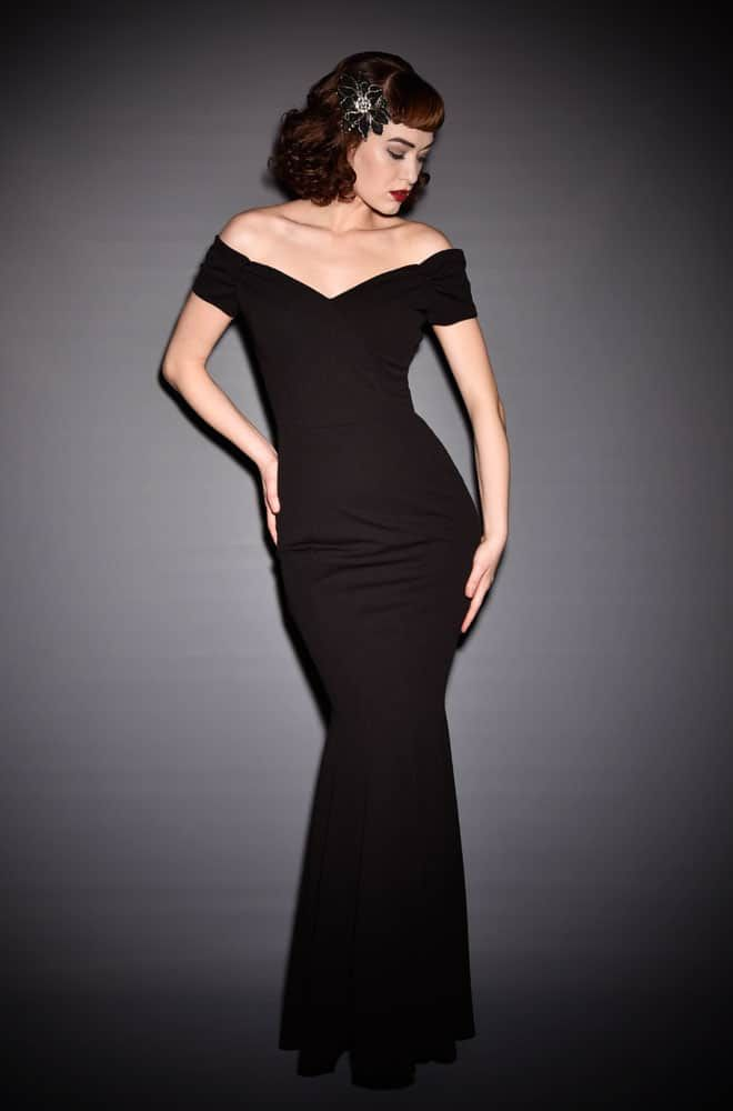 1940s Hollywood Evening Gowns: Black Fatale Gown Is A 1950's Hollywood Glamour Fishtail