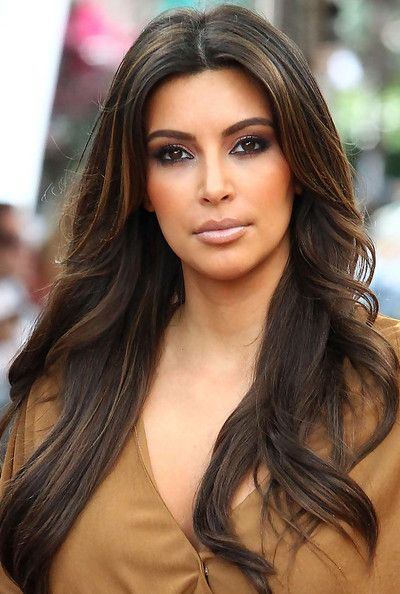 Kim Kardashian Long Wavy Cut Hair Hair Highlights Kim