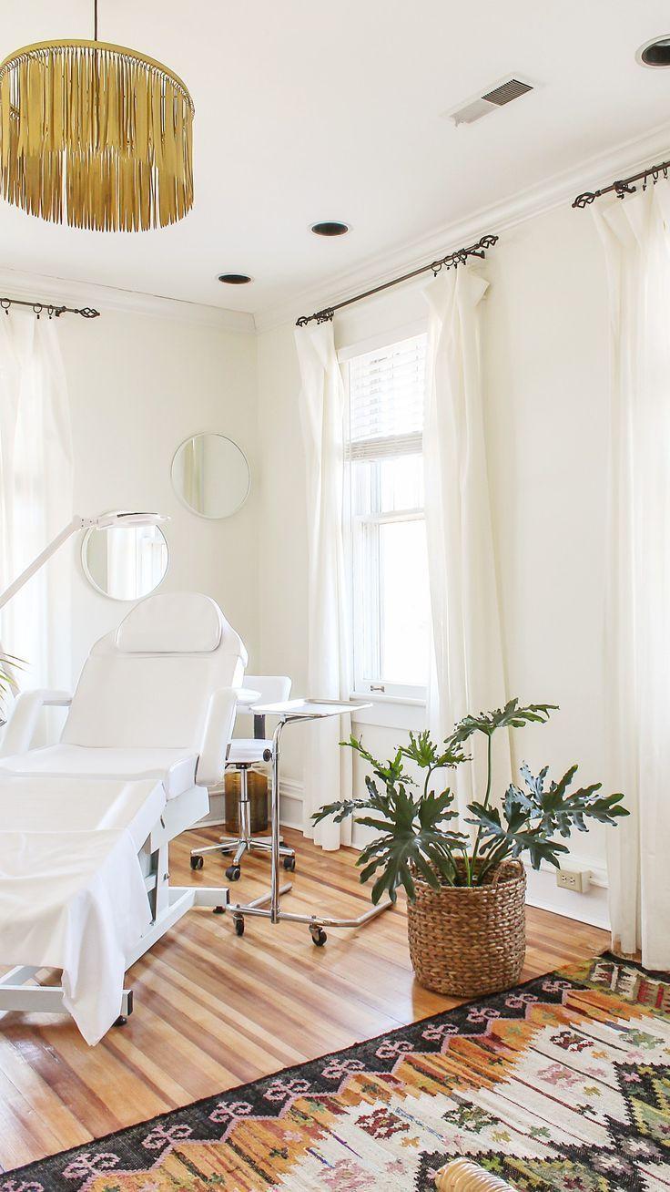 white spa treatment room decor