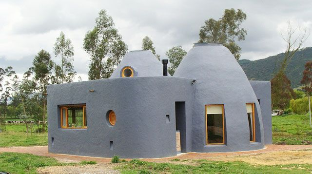 18 Beautiful Earthbag House Plans For A Budget Friendly Alternative Housing Earth Bag Homes Natural Building Mud House