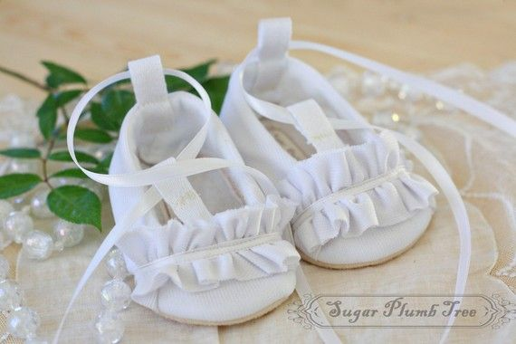 The Noelle ruffle baby shoes by Sugarplubtree on etsy