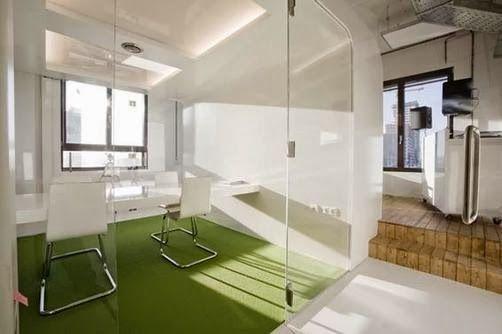 Kunstgras in een prive kantoor bedrijven met kunstgras in