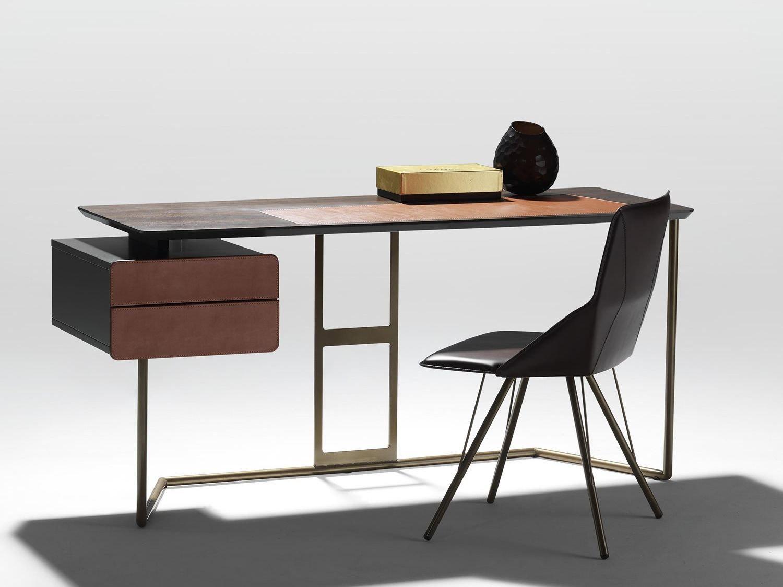 Steel And Wood Writing Desk Scriba By Esedra By Prospettive Ic Tasarim Ofisler Ic Tasarim Mobilya
