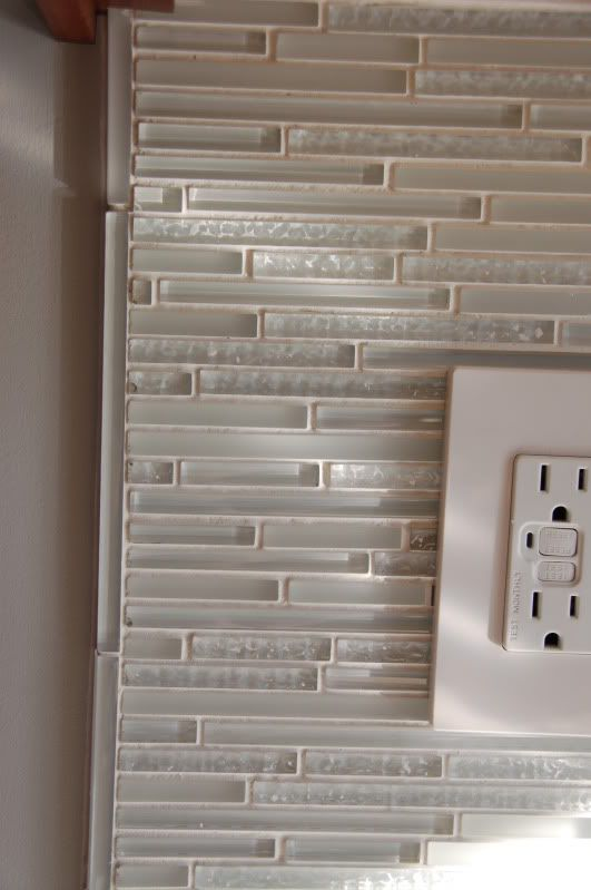 Pin By Shannon Archer On For The Home Backsplash Glass Tile Backsplash Tile Backsplash