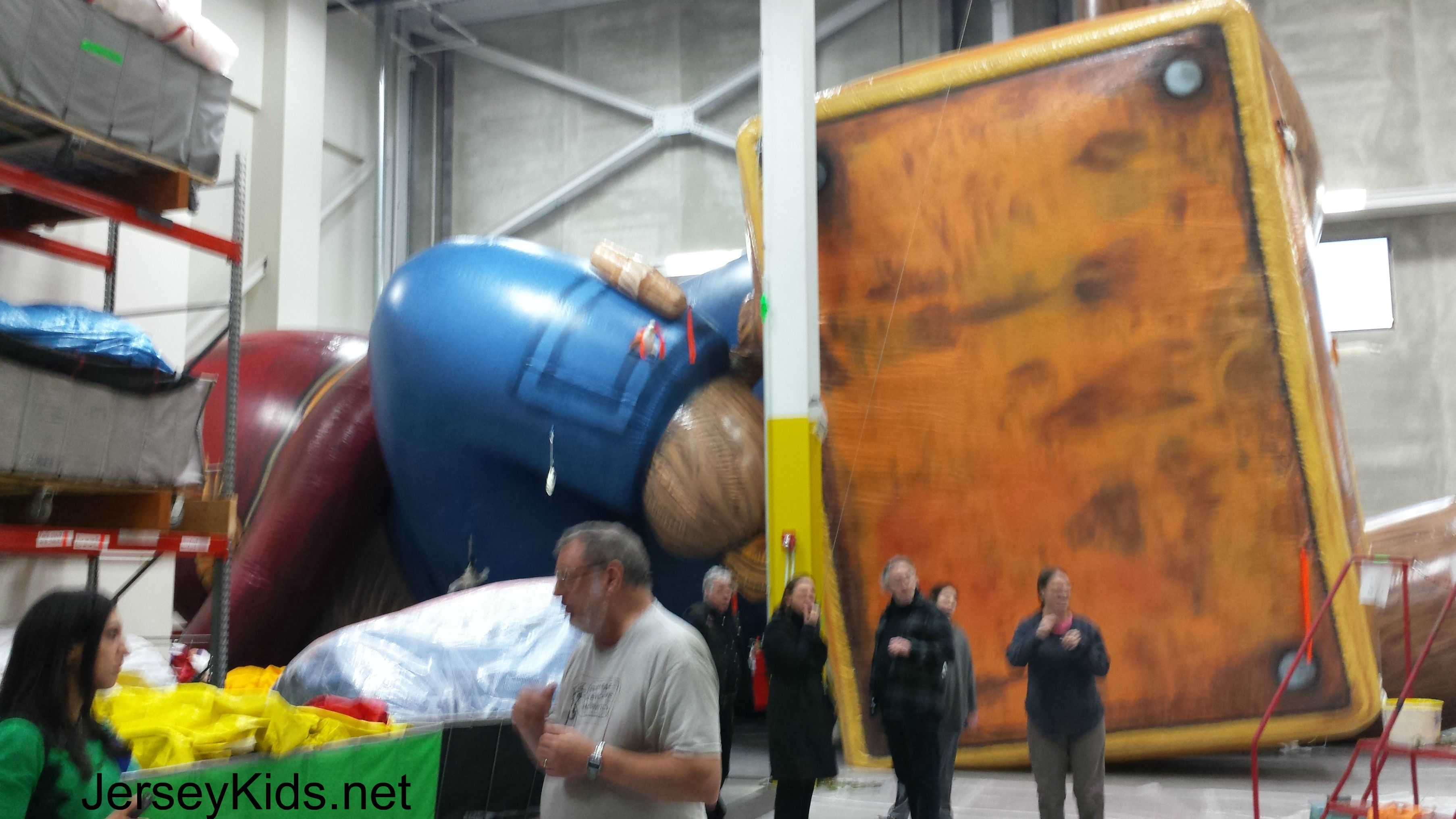 Paddington Fully Inflated Paddington Bear Is 600 Pounds And His Suitcase Thanksgiving Day Parade Macy S Thanksgiving Day Parade Macy S Thanksgiving Day Parade