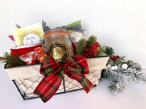 Creating the perfect Christmas gift for a neighbor with Jillibean Soup designer Nicole Nowosad