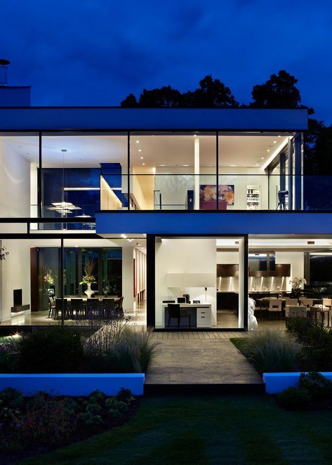 Uma casa em Berkshire | Moderne Häuser | Cube haus, Moderne häuser ...