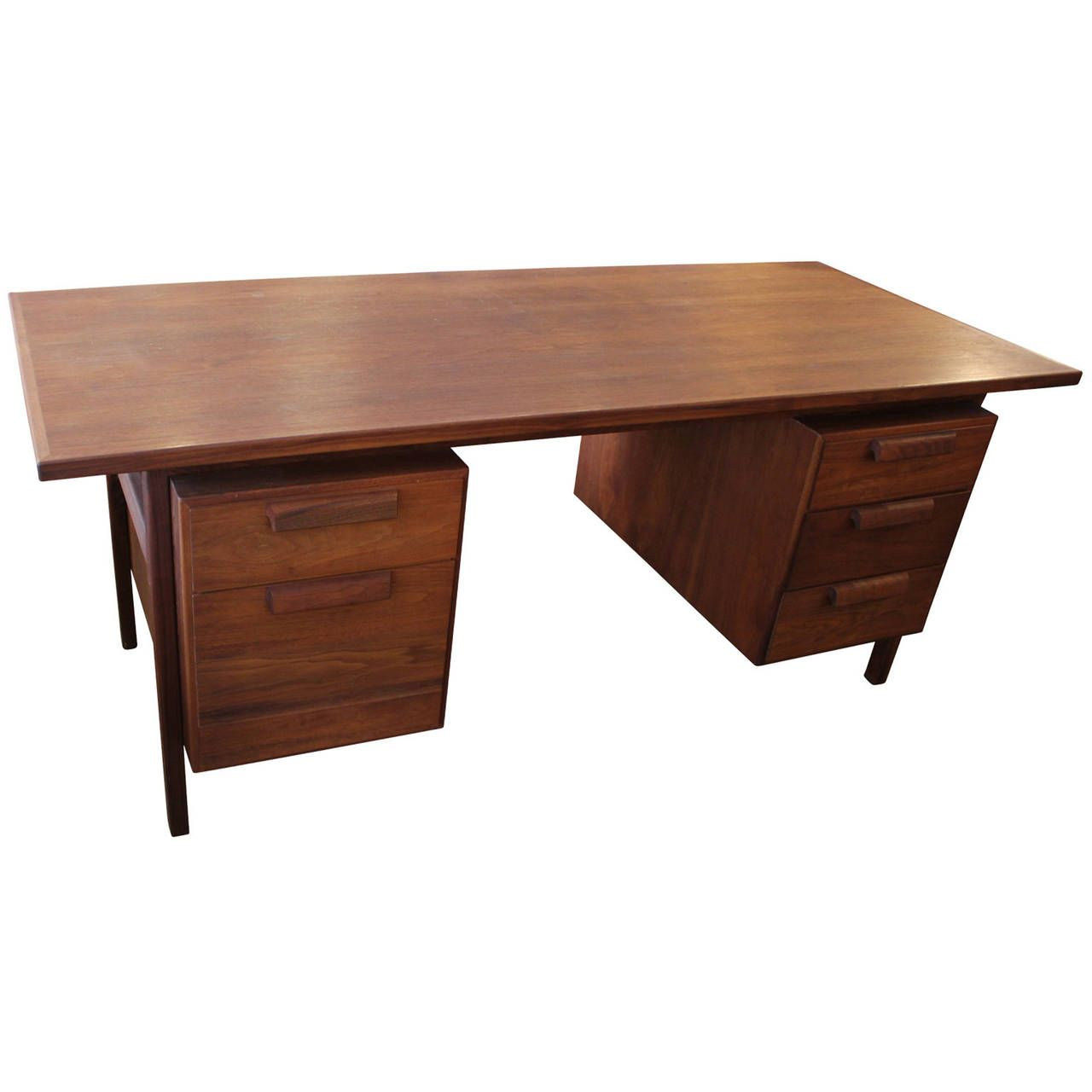 Splendid Walnut Executive Desk By Jens Risom From A Unique Collection Of Antique And Modern Desks And Writing Tables At Https Desk Executive Desk Modern Desk