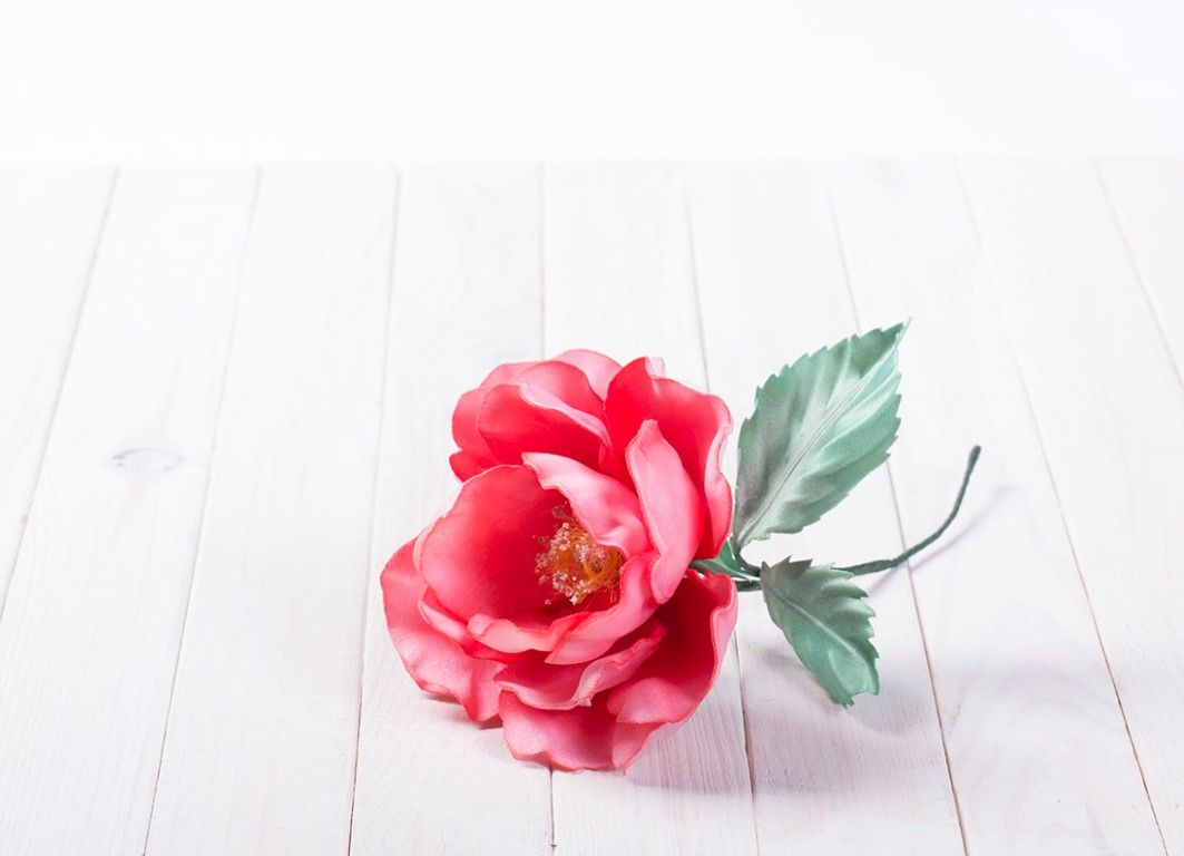 "Video Tutorial And Guide: How To Make A €�nastya Rose"" Flower Of Fabric"
