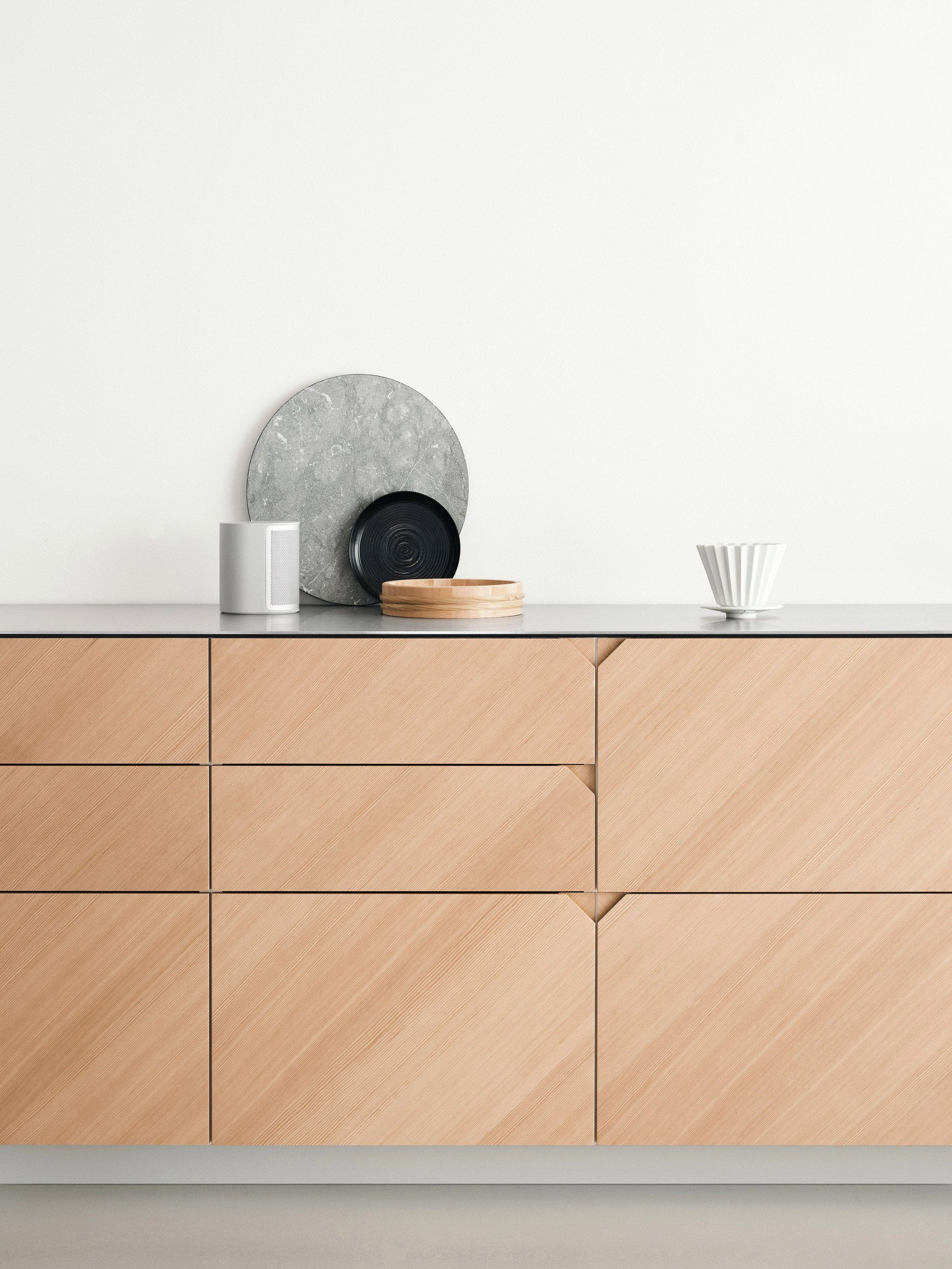Is No Hardware The New Hardware Trend For Kitchens Kitchen Trends Kitchen Renovation Kitchen Design